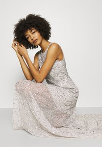 Maya Deluxe - ALL OVER EMBELLISHED MAXI DRESS WITH TRAIN - Iltapuku - soft grey - 3