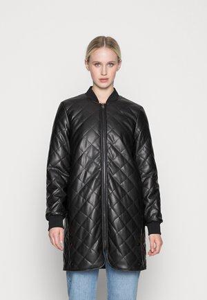 VMHALLY COATED JACKET - Short coat - black
