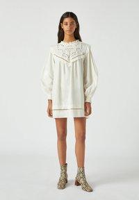 PULL&BEAR - Korte jurk - white - 1