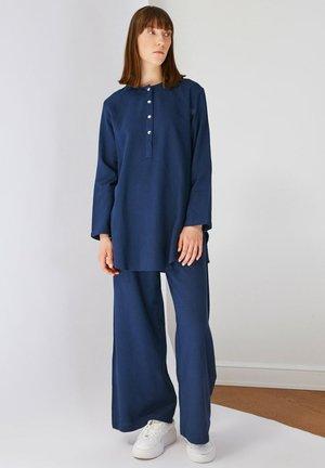 SET - Trousers - navy blue