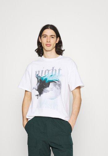 EAGLE - T-shirt med print - white