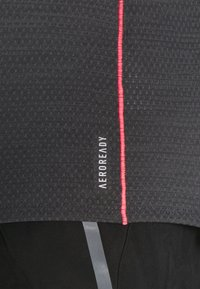 adidas Performance - ADI RUNNER TEE - Print T-shirt - dark grey solar grey - 5