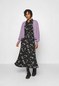 Vero Moda - VMFALLIE LONG TIE DRESS - Blousejurk - black - 1