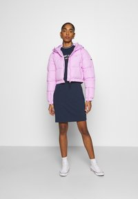 Tommy Jeans - CROPPED PUFFER - Winter jacket - fresh orchid - 1