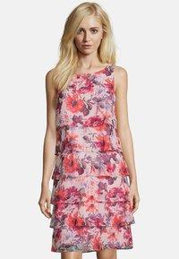 Vera Mont - MIT RÜSCHEN - Day dress - pink - 0