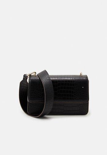 KIA MAYA BAG - Across body bag - black