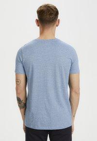 Matinique - JERMANE - Print T-shirt - sharp blue - 2