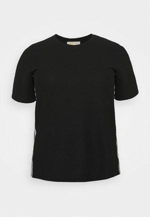 LOGO TAPE - Basic T-shirt - black