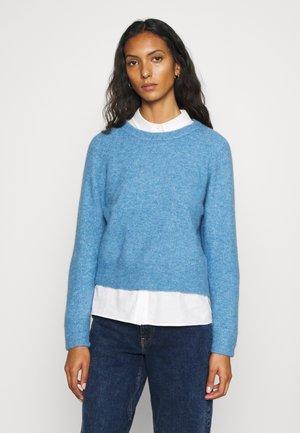 NOR SHORT - Pullover - lichen blue melange