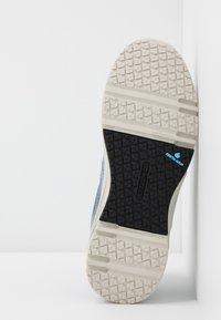 Hi-Tec - X-PRESS LOW WOMENS - Løbesko walking - dusty blue/flinstone - 4