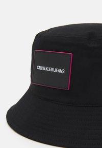 Calvin Klein Jeans - SPORT ESSENTIALS BUCKET - Hat - black - 3