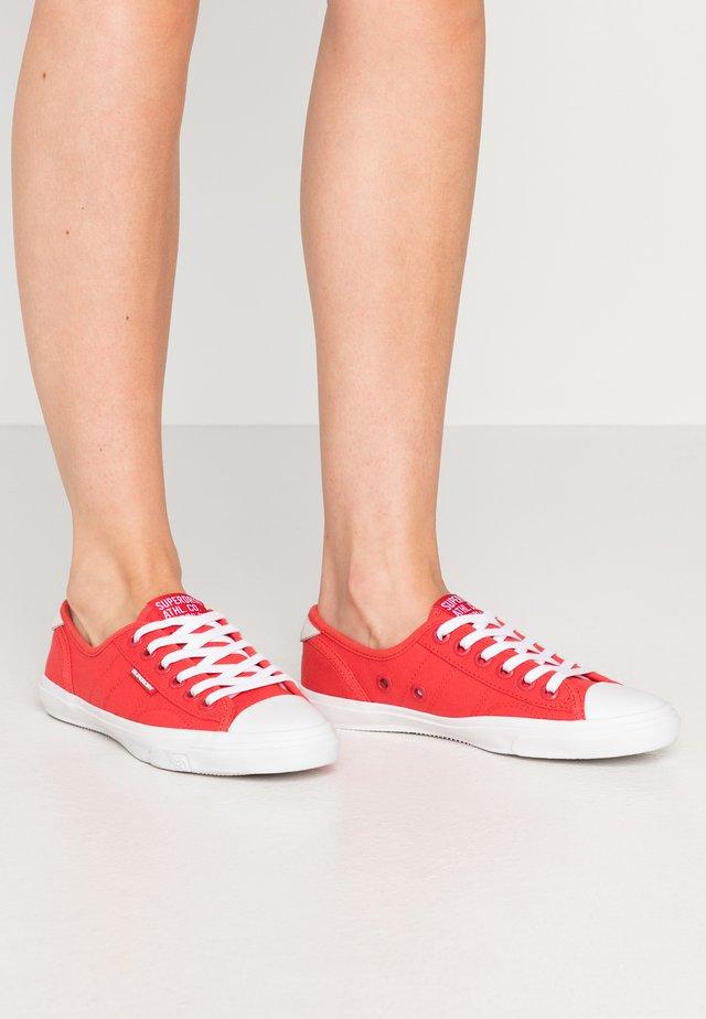 PRO CLASSIC  - Sneakers laag - hibiscus