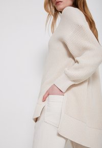 Marc O'Polo - LONGSLEEVE ROUND NECK - Jumper - natural white - 5
