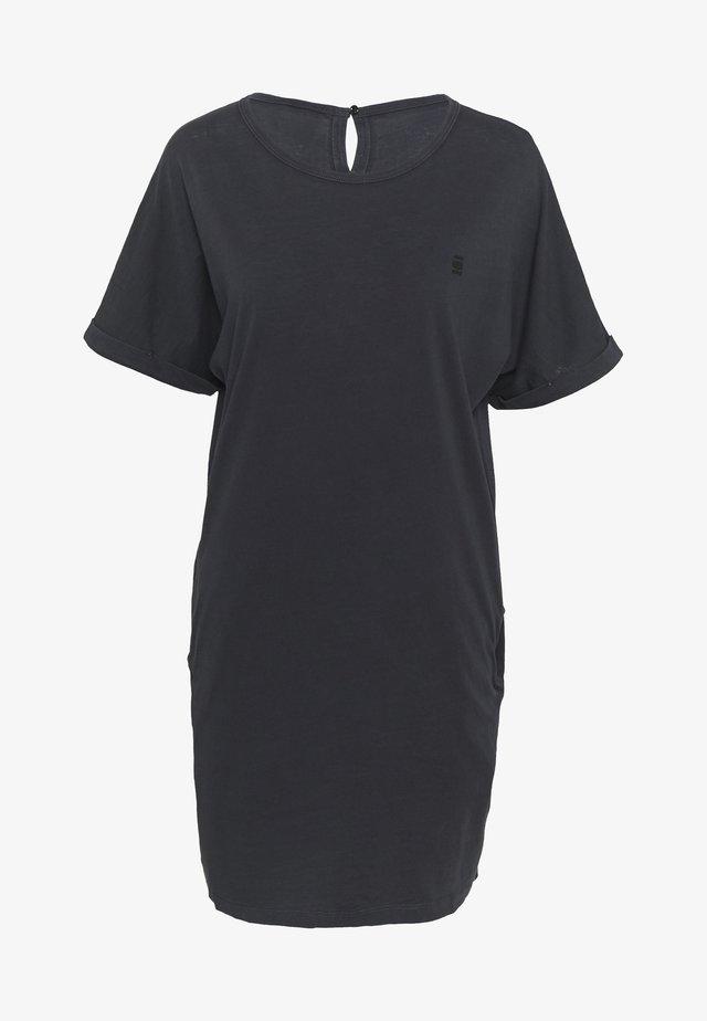 JOOSA  - Žerzejové šaty - black