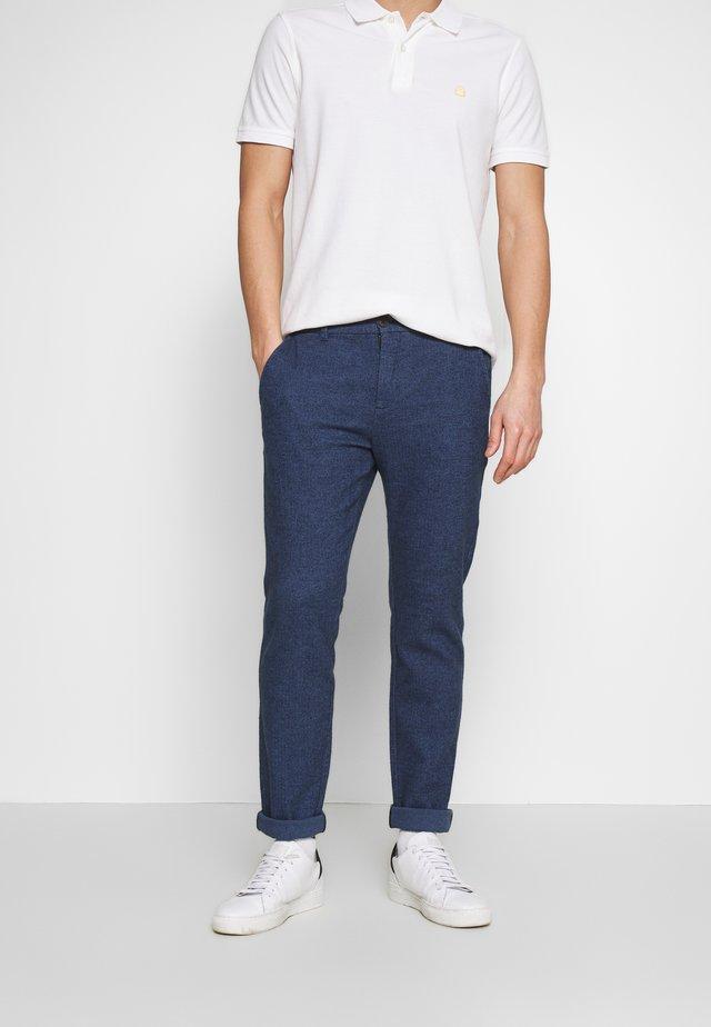 SLIM ARVA HOUNDSTOOTH PANTS - Trousers - dark sapphire