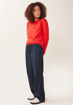 CREW - Jumper - red