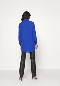 Vila - VILUCY BUTTON - Button-down blouse - mazarine blue - 2