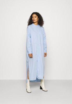ANGLE - Sukienka koszulowa - blue