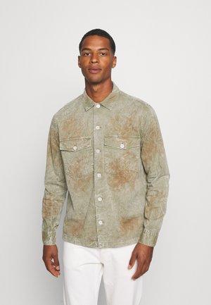PIONEER SHIRT - Košile - tanned taupe