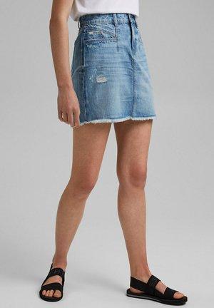 Pencil skirt - blue light washed
