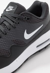 Nike Golf - AIR MAX 1 G - Golfové boty - black/white/anthracite - 5