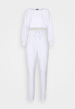 COORD OFF THE SHOULDER  - Sweatshirt - white