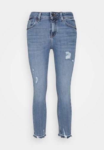 AMELIE CALLY - Straight leg jeans - light auth