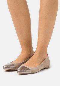 Caprice - Ballet pumps - taupe - 0