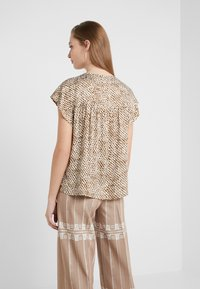 DRYKORN - PAZIA - Blouse - offwhite/olive - 2