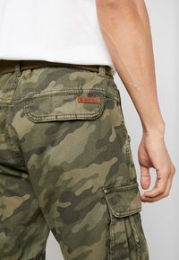 INDICODE JEANS - MONROE - Shorts - dired - 5
