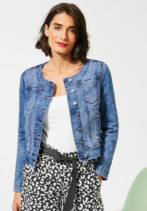 MIT NIETEN - Veste en jean - blau