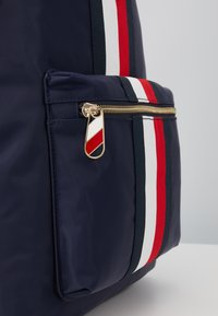 Tommy Hilfiger - POPPY BACKPACK CORP - Reppu - blue - 2