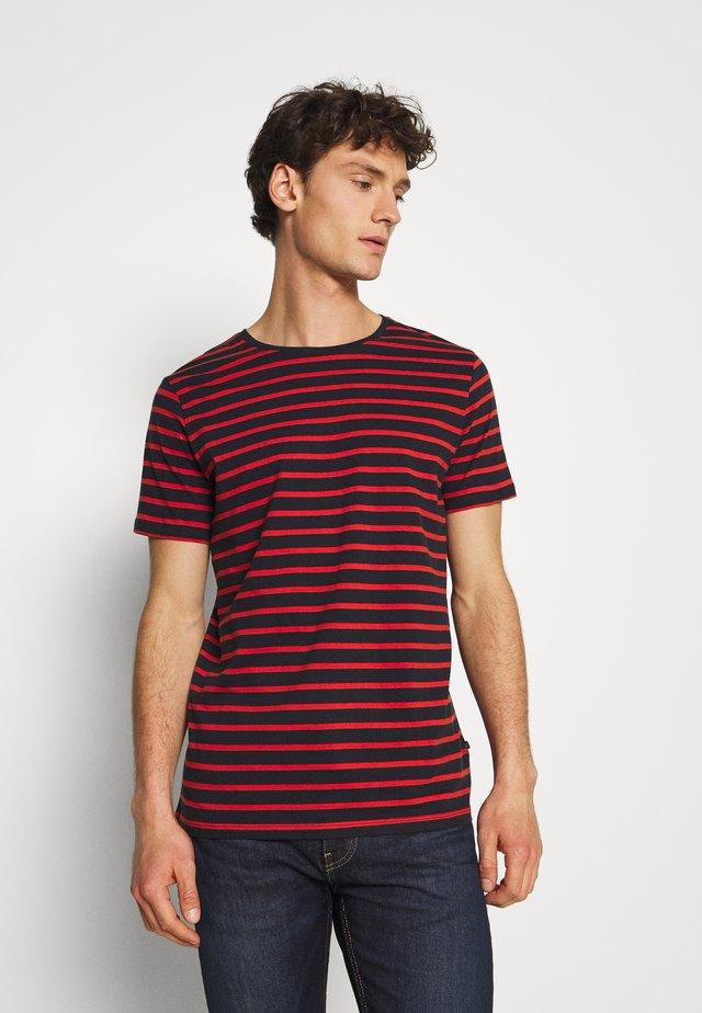 JERMANE - T-shirt con stampa - poinciana