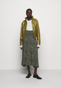 Proenza Schouler White Label - LIGHTWEIGHT DRAWSTRING WAIST JACKET - Leather jacket - military - 1