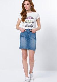 zero - Print T-shirt - offwhite - 1