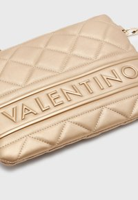 Valentino Bags - ADA - Across body bag - gold-coloured - 3