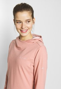 Vaude - WOMENS TUENNO - Long sleeved top - snapdragon - 3