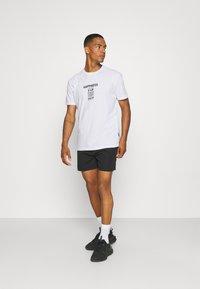 YOURTURN - UNISEX LOOSE FIT - T-shirt imprimé - white - 1