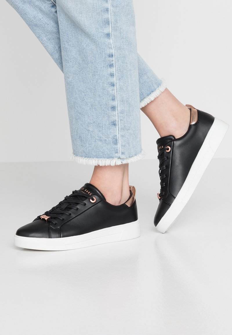 Ted Baker - GIELLI - Trainers - black