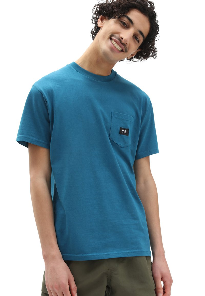 Vans - MN WOVEN PATCH POCKET M - Print T-shirt - moroccan blue