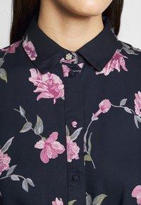 PIECES Tall - PCGLYDA MIDI DRESS - Shirt dress - sky captain/winsome orchid flowers - 5
