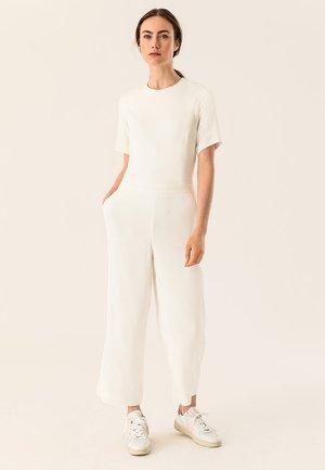 CULOTTE - Jumpsuit - white
