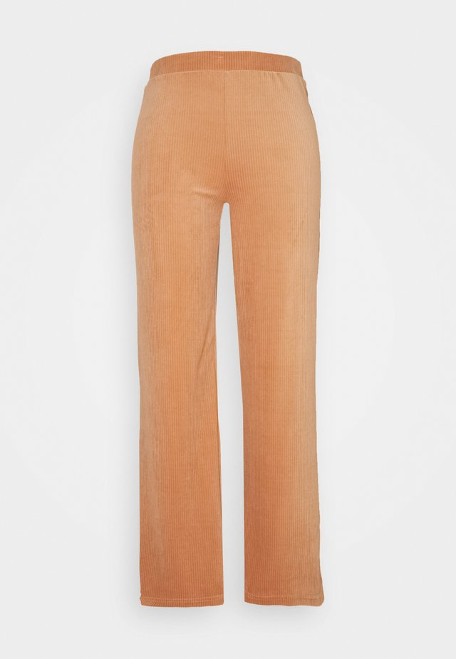 ONLAZZA LONG WIDE PANTS - Kangashousut - camel