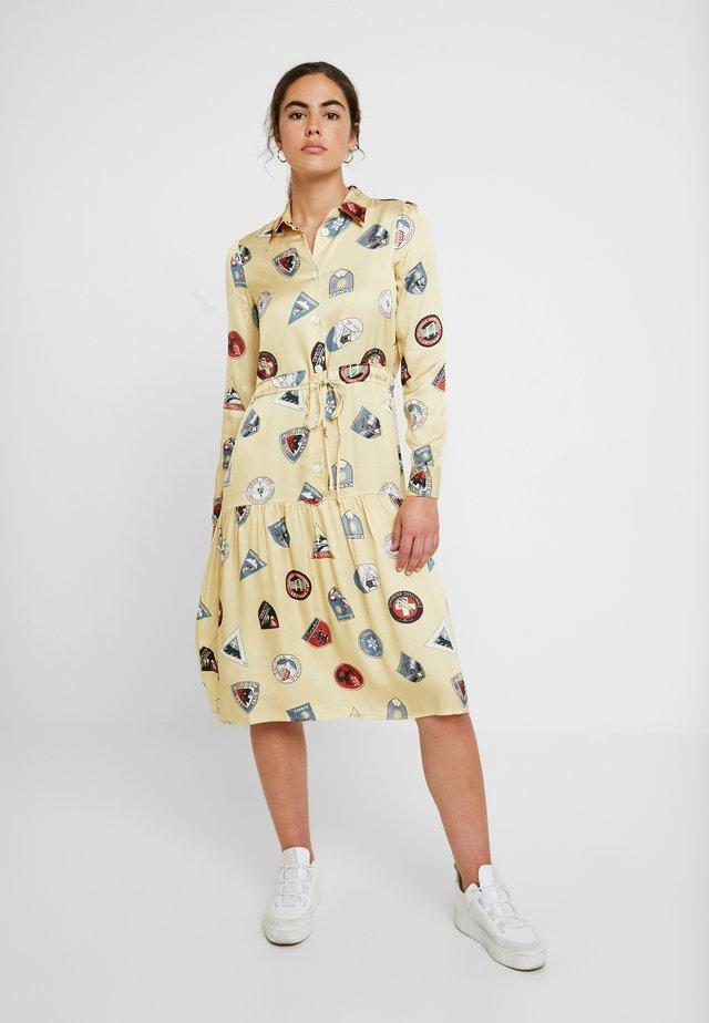 HILDE DRESS - Vapaa-ajan mekko - yellow