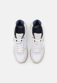 Hackett London - YORK EYELT TRAINER - Sneakersy niskie - offwhite - 3