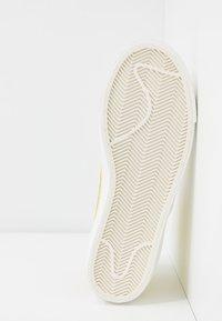 Nike Sportswear - BLAZER 77 - Baskets montantes - bicycle yellow/white/opti yellow/sail - 6