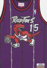 Mitchell & Ness - NBA TORONTO RAPTORS VINCE CARTER UNISEX - Club wear - purple - 2