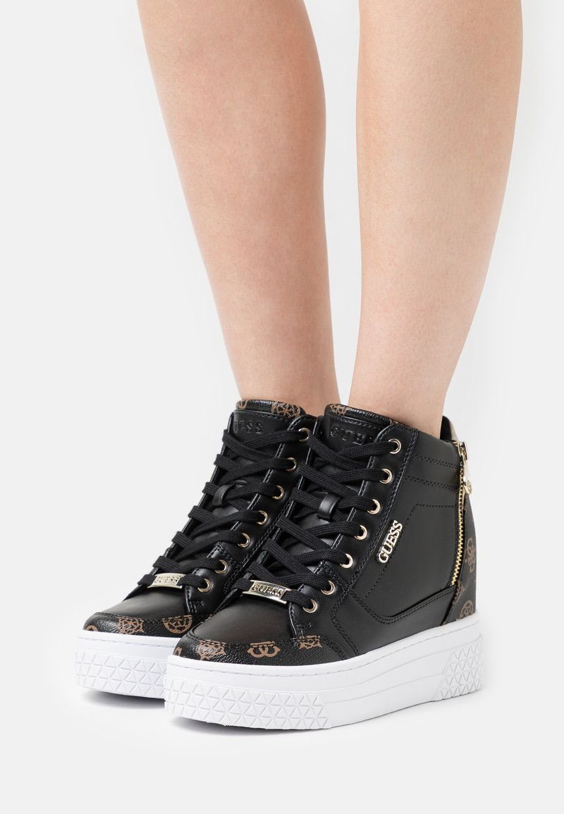 Guess - RIGGZ - High-top trainers - black brass