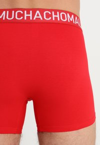 MUCHACHOMALO - 4 PACK - Boxerky - black/blue/red - 2