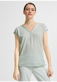 comma - Basic T-shirt - light green - 0